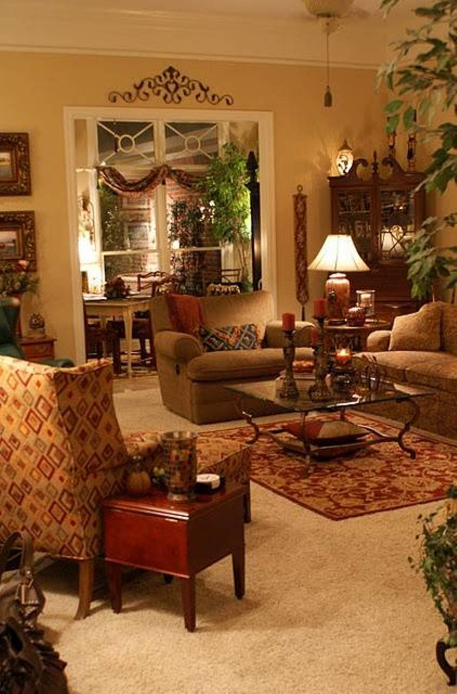Beautifully Decorated Living Rooms For Christmas With Vaulted Systems: Living Rooms Decoration With Plants