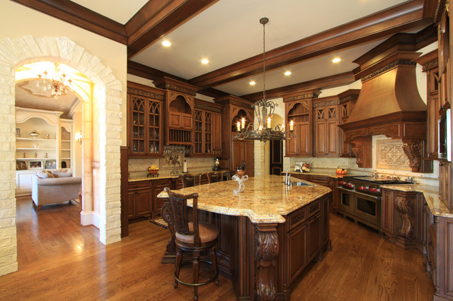 Luxury-Traditional-Kitchen-Design