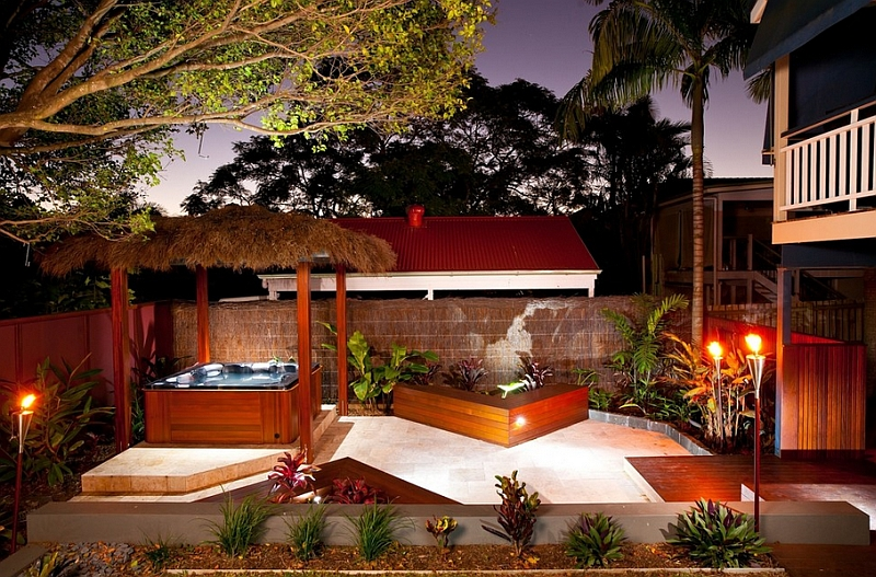 Splendid And Romantic Tropical Outdoor Design