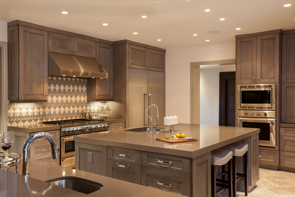 Lovely and fabulous transitional kitchen designs for Luxury kitchen layout