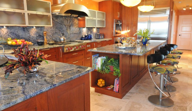 Most beautiful tropical kitchen designs interior vogue for Amazing tropical kitchen design