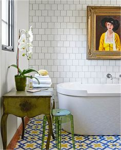Lovely Eclectic Bathroom Design