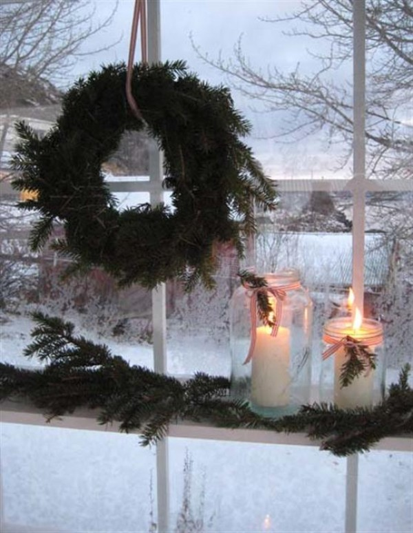 christmas-candles-window