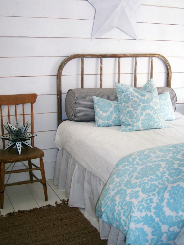 20 beautiful beach style bedroom designs interior vogue - Tiny bedroom decoration comforting your sleep with delicate layout ...