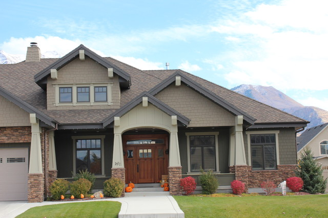 stylish-craftsman-exterior