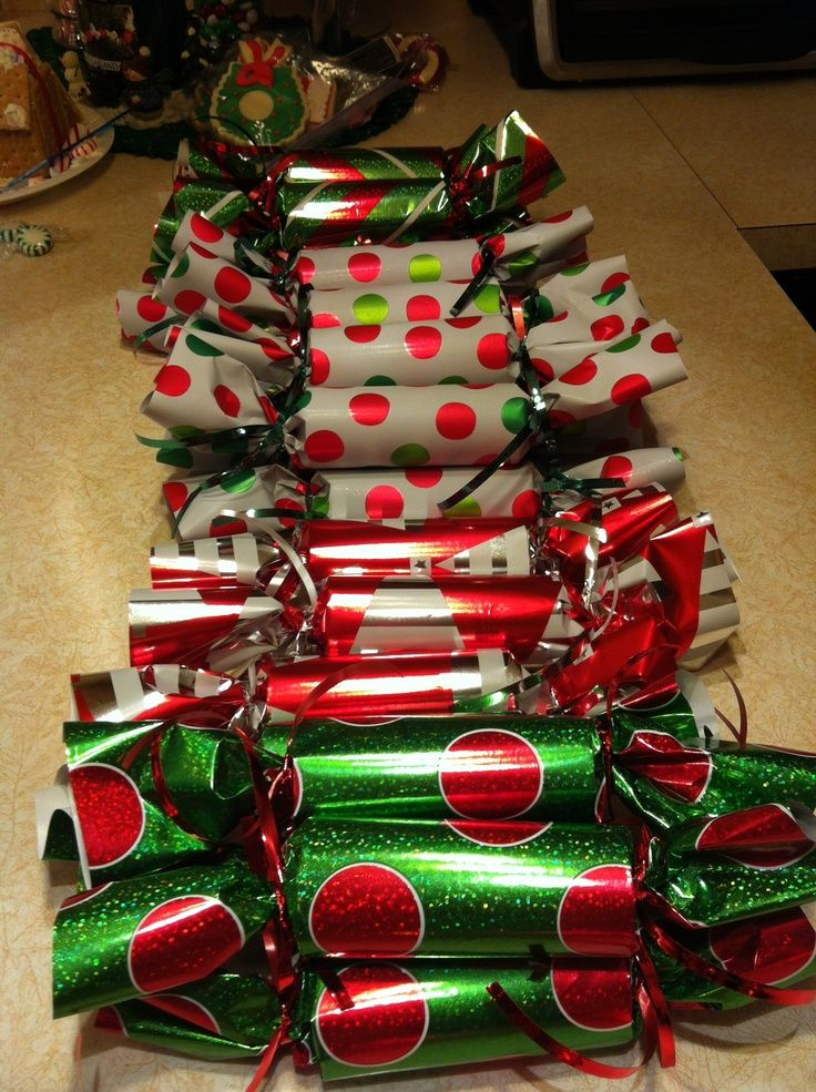 christmas-candy-party-favor-ideas