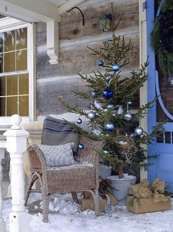 rustic-christmas-porch