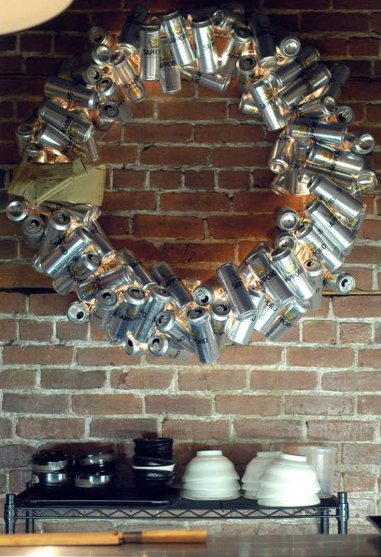 beer-can-christmas-wreath
