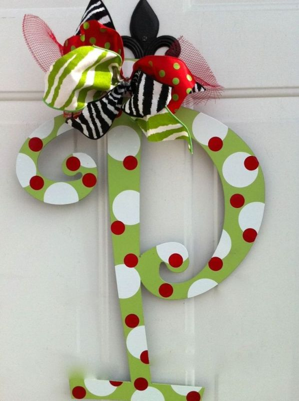 cute-easy-christmas-door-decoration