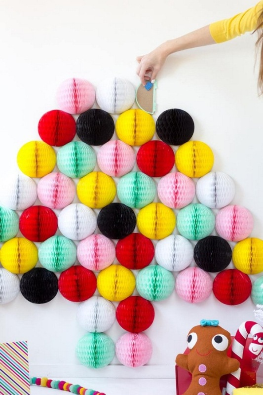 diy-honeycomb-christmas-tree