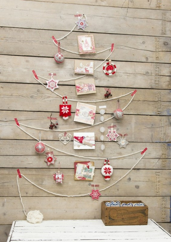 diy-wall-christmas-tree